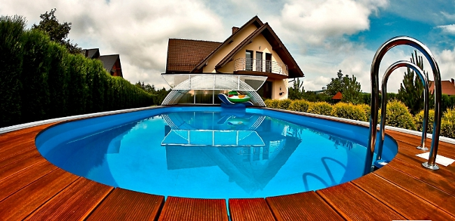 telescopic-swimming-pool-enclosure-2